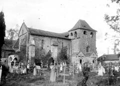 Eglise Saint-Sanctin ou Saint-Xantin - Angle sud-ouest et cimetière