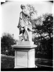 Palais du Louvre et jardin des Tuileries - Statue de Phidias