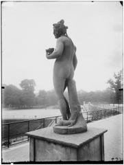 Palais du Louvre et jardin des Tuileries - Statue de Cérès et le lézard