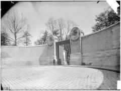 Cimetière de l'Est dit cimetière du Père Lachaise - Entrée