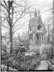 Cimetière de l'Est dit cimetière du Père Lachaise - Tombeau d'Héloïse et Abélard