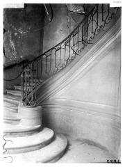 Ancien hôtel dit Hôtel Le Charron ou de Vitry - Rampe d'escalier en fer
