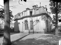 Hospice Debrousse - Façade sur jardin, pavillon de l'Ermitage