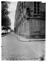 Immeuble - Vue du quai