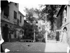 Ancien hôtel d'Aubray - Vue de la cour et du jardin